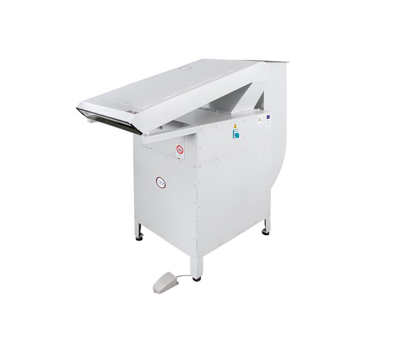 EPA 252 – Thread Sucking Cleaning Machine